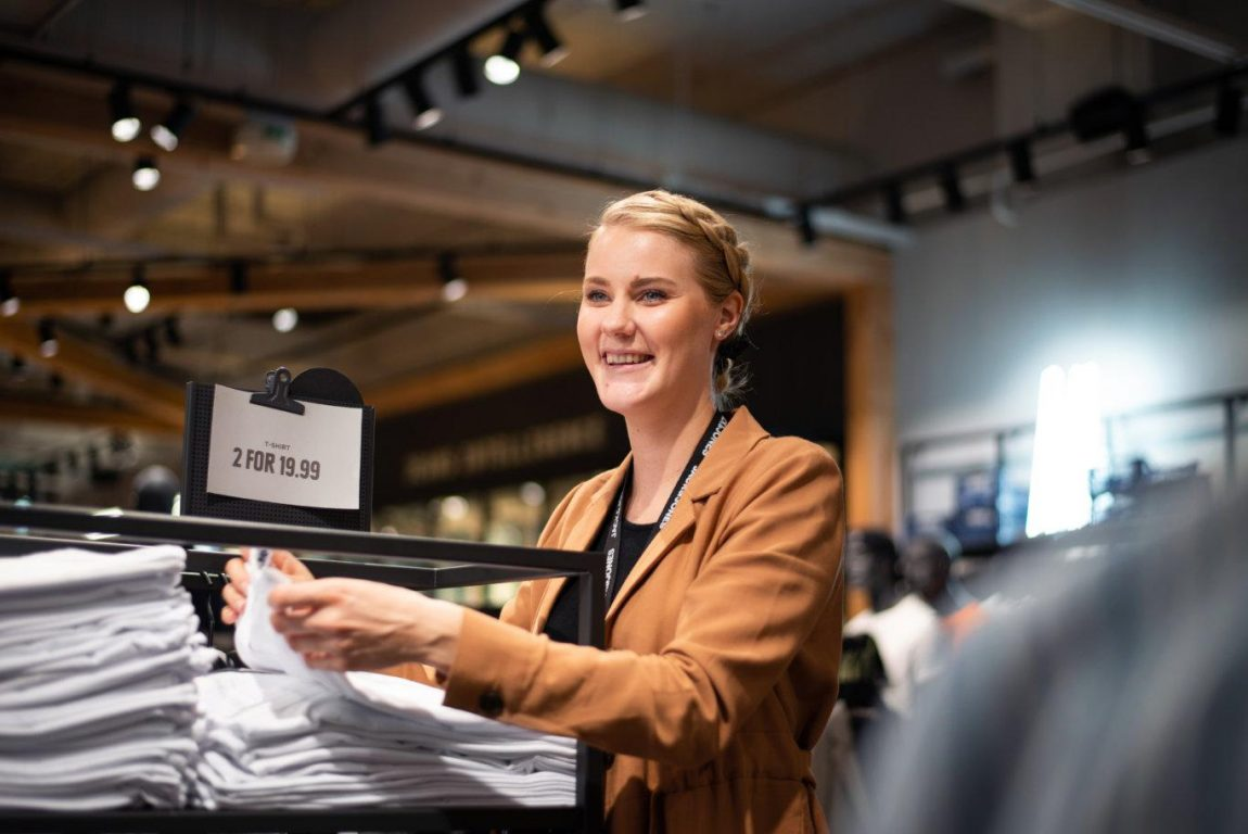 JACK & JONES stores have been measuring real-time customer experience with HappyOrNot